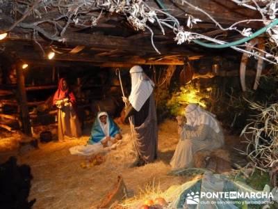 Senderismo Sierra Norte Madrid - Belén Viviente de Buitrago; senderos en andalucia